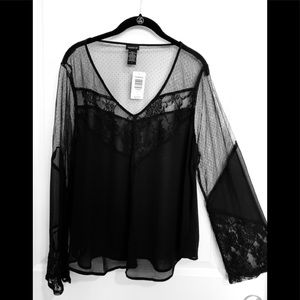 NWT Black lace accent wide sleeve sheer top